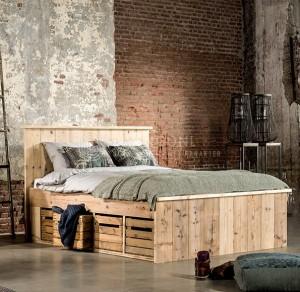 steigerhout in huis bed