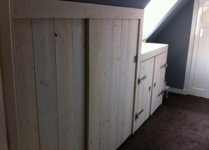 Steigerhouten-in-slaapkamer-kast-1 - Steigerhoutbestel.nl