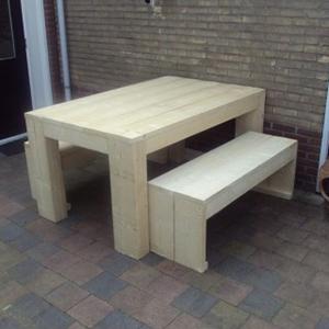Tafel-van-steigerhout-